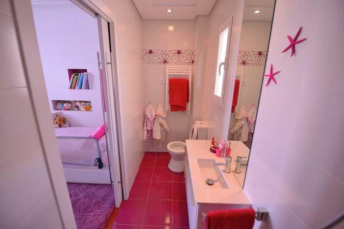 baño infantil en reforma integral en calle Goya