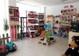 Vista reforma local comercial tienda animales