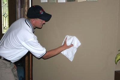 limpiar manchas de las paredes