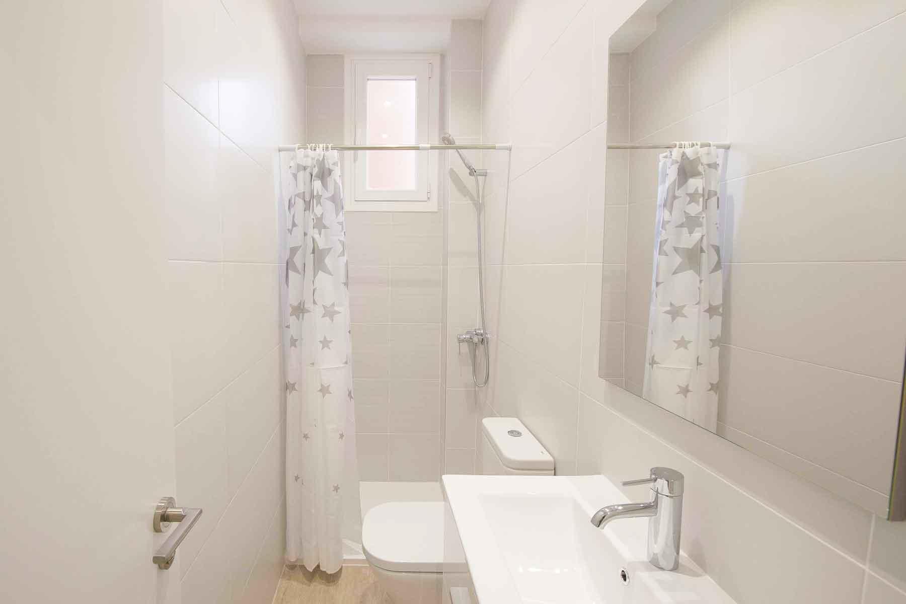 reforma baño apartamento Chamberí