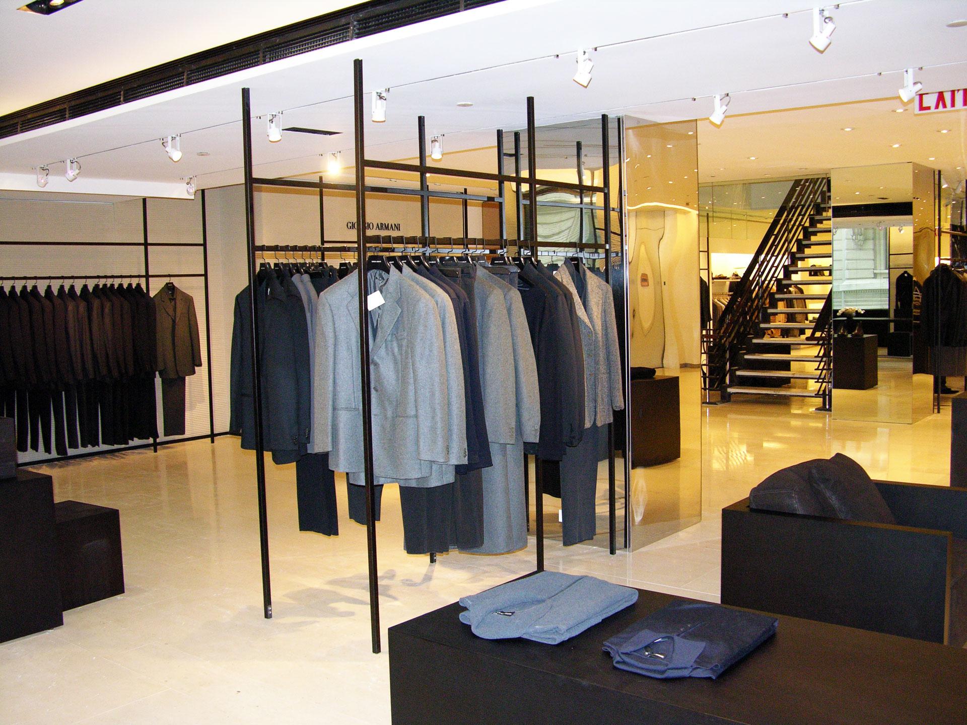 reforma tienda de moda primera marca