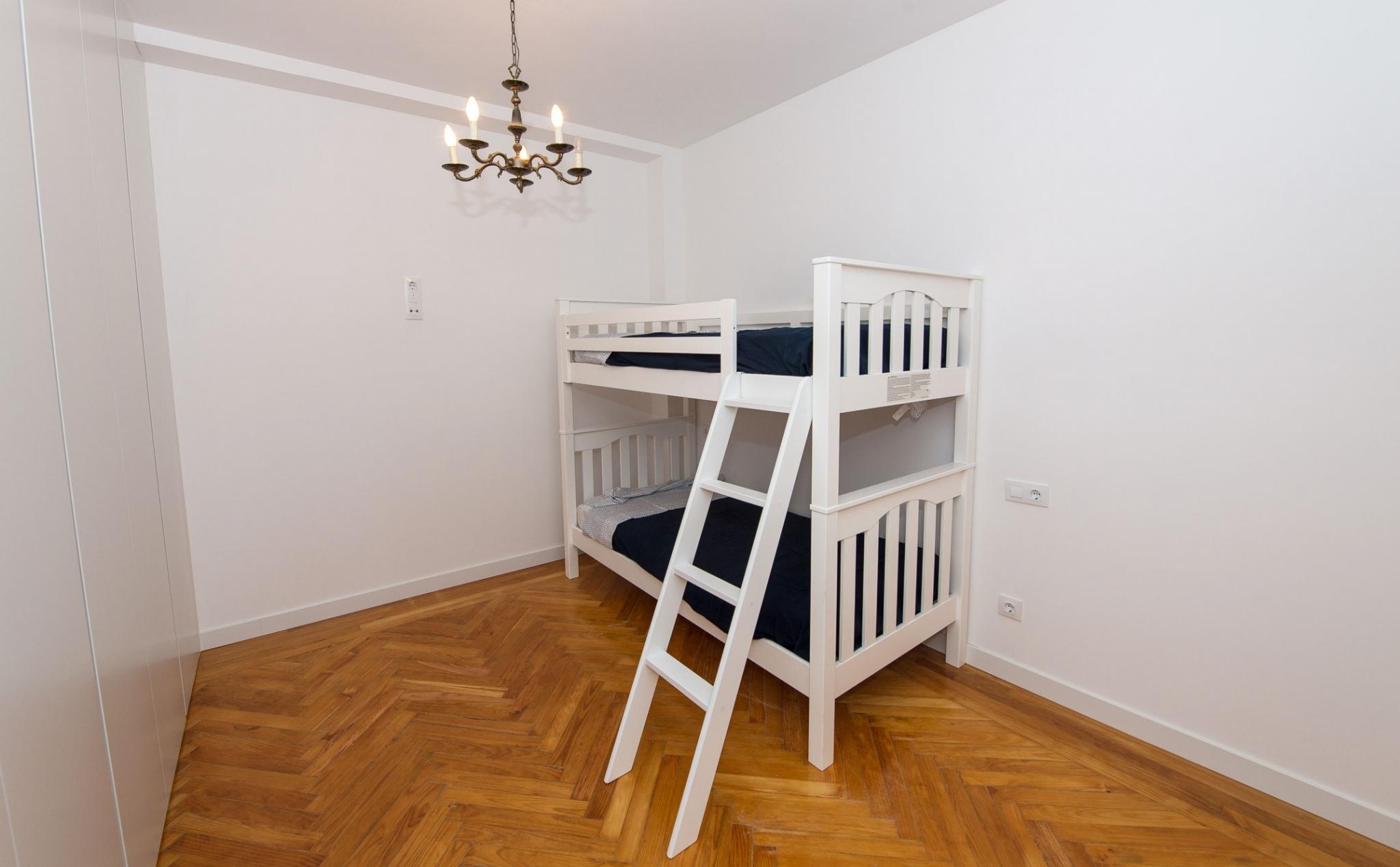 Habitación infantil en Calle Conde de Cartagena