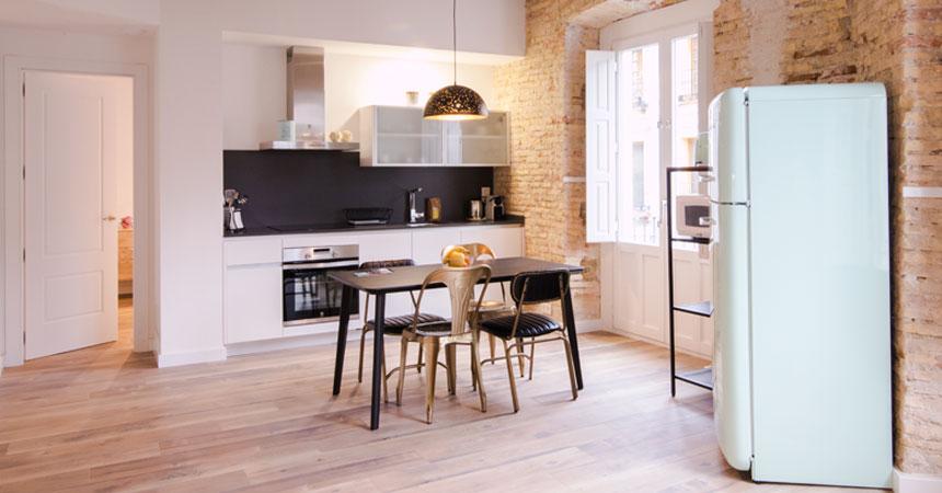 Cocina americana de piso con reforma en Madrid