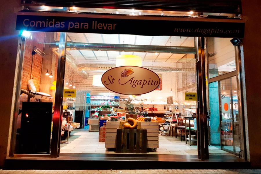 fachada de tienda productos gourmet en Aravaca